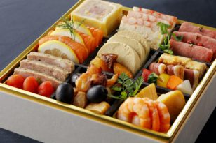 デザート付き特製4段おせち★予約受付中