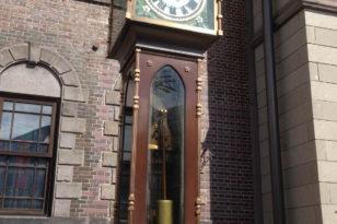 メルヘン交差点の蒸気時計