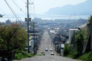 小樽の坂道③ 薬師神社の坂