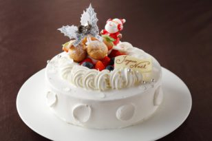 クリスマスケーキ① ストロベリーケーキ
